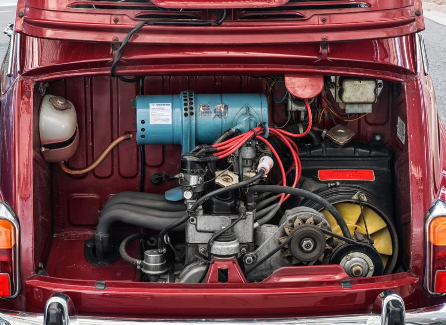 Seat 600 vs Seat Mii, motor Seat 600