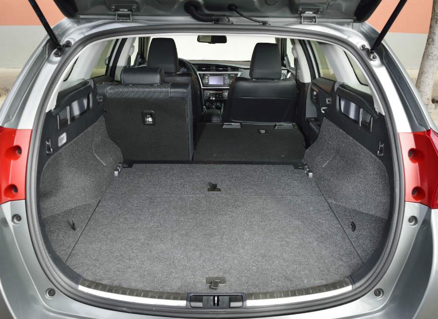 El sistema Easy Flat permite abatir los asientos traseros con un solo movimiento. Un acierto, sin duda.