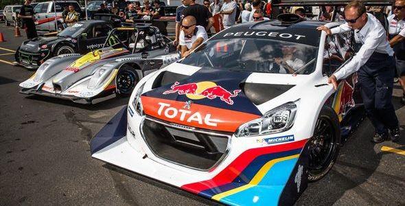 El Peugeot 208 T16 y Loeb ganan la subida a Pikes Peak con un nuevo récord