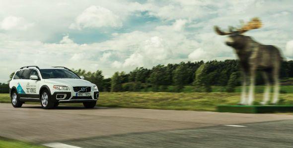 Nuevo Volvo XC90, con detector de peatones en la oscuridad