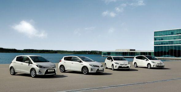Probamos toda la gama híbrida de Toyota