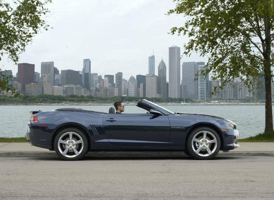 La versión descapotable del Chevrolet Camaro hace su debut mundial en el Salón de Frankfurt.