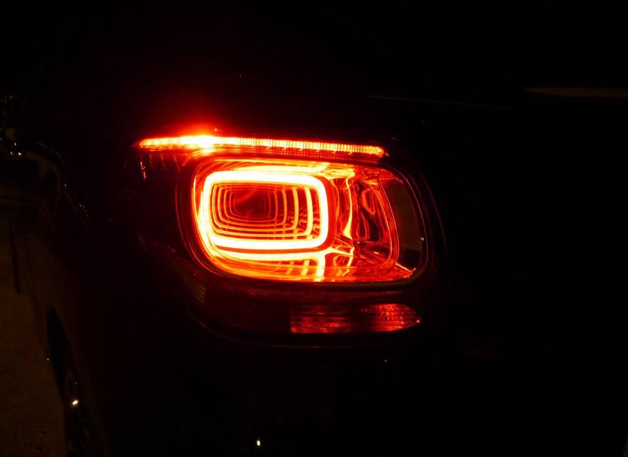 Prueba Citroën DS3 Cabrio eHDi CMP 92 CV, luz trasera, Rubén Fidalgo