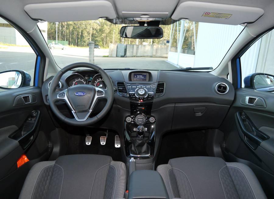 Prueba Ford Fiesta Ecoboost Sport 125 CV, interior, Rubén Fidalgo