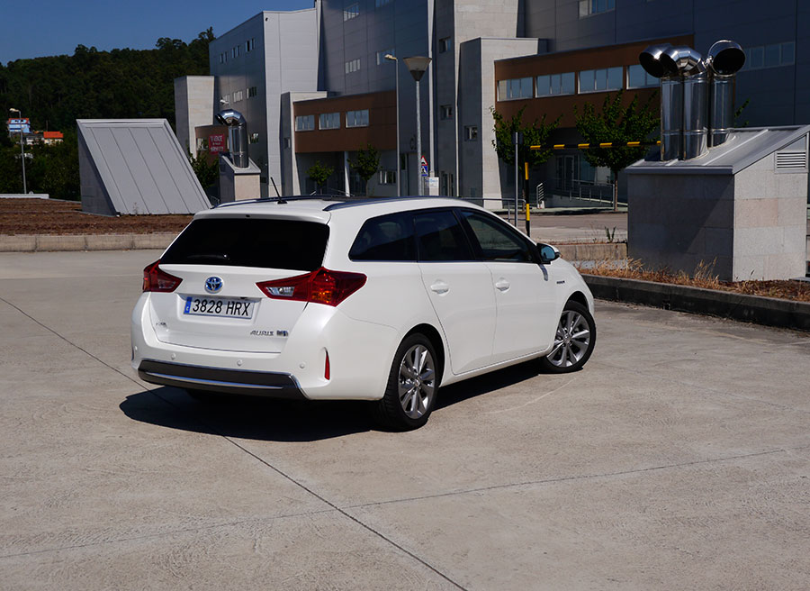 Prueba Toyota Auris Touring Sports Advanced HSD 136 CV 2013, Vigo, Rubén Fidalgo