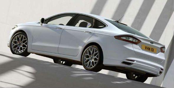 Ford Fusion, ahora con cinturones de seguridad hinchables