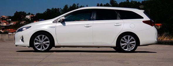 Toyota Auris Touring Sports HSD Advanced 2013: una prueba muy versátil