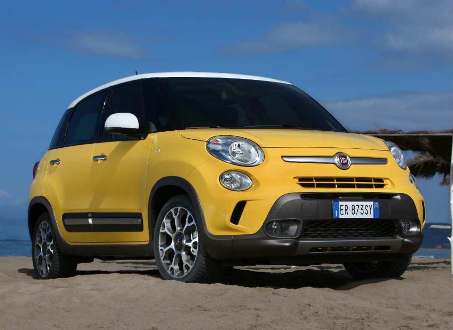 La altura respecto al suelo es mayor en el Fiat 500L Trekking que en el modelo convencional.