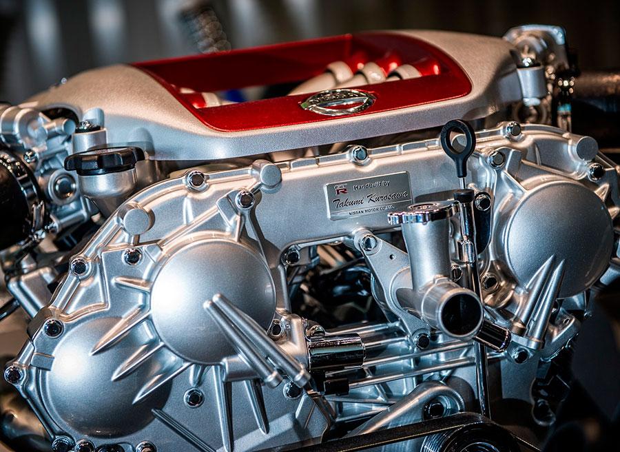 Motor Nissan GT-R Takumi