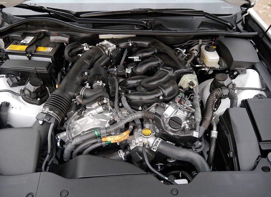 Prueba Lexus GS 250 F Sport 2013, motor V6, Rubén Fidalgo
