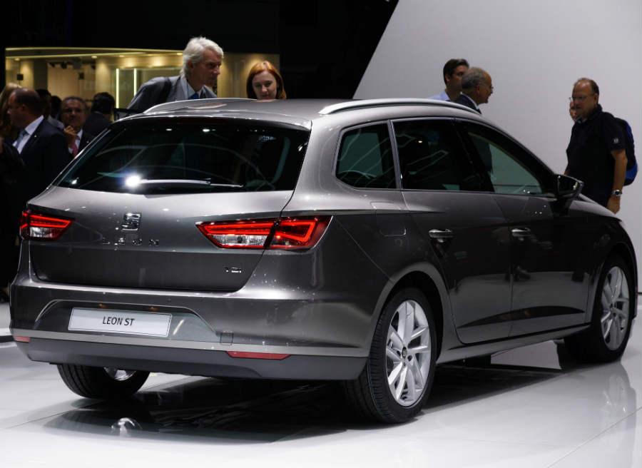 Nuevo Seat León ST, presentado en el Salón de Frankfurt 2013.
