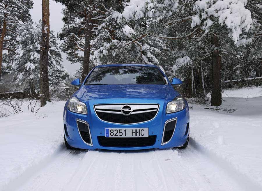 Cómo conducir con nieve, la guía definitiva