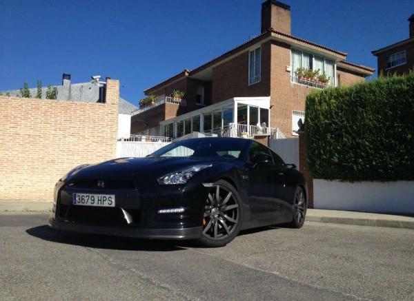 Si tienes un Nissan GT-R, serás la envidia del vecindario.