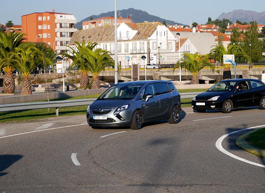 Prueba Opel Zafira Tourer CDTi Biturbo 195 CV, Sabarís, Rubén Fidalgo