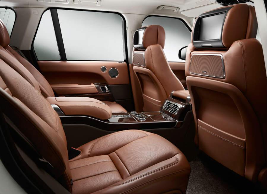 Los asientos traseros del Range Rover con el acabado Autobiography Plus son reclinables.