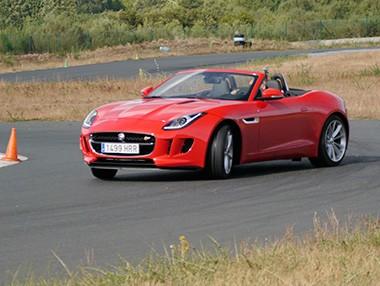 Vídeo prueba: Jaguar F-Type S 380 CV, en circuito