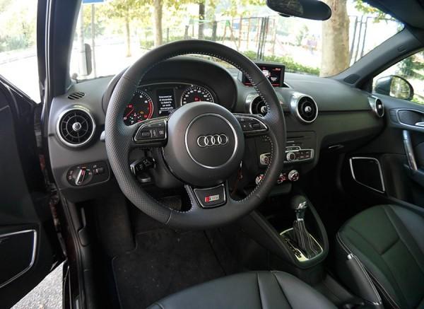 Prueba Audi A1 1.4 TSI S-Line sistema desconexion selectiva cilindros, interior, Rubén Fidalgo