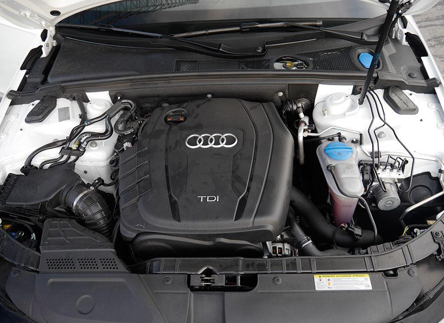 Prueba Audi A4 2.0 TDi Multitronic MY 2012, motor, Rubén Fidalgo
