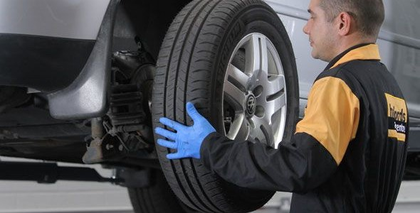 Comprar neumáticos usados: ¿merecen la pena? ¿Son seguros?