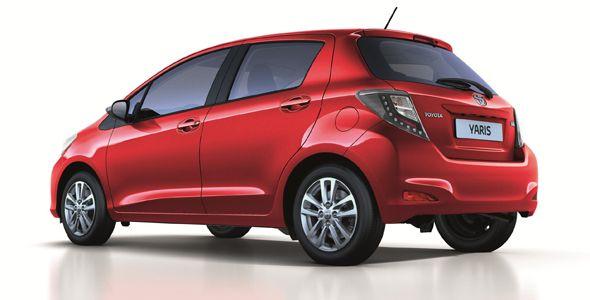 Toyota Yaris, con nuevas ópticas LED y equipamiento adicional