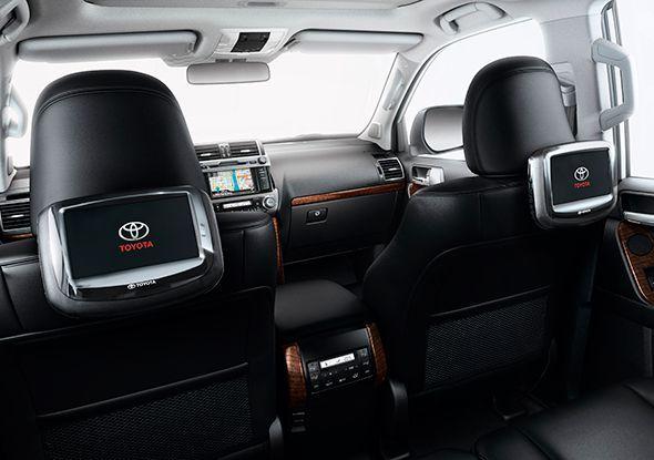 Toyota lanza un nuevo sistema de entretenimiento para los asientos traseros