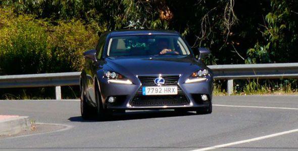 Lexus IS 300h 2013: el coche artista
