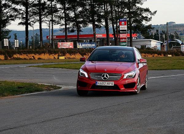 Prueba Mercedes CLA 250 AMG Line 2013