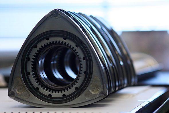 El motor rotativo Wankel resucita en el Mazda2 Concept híbrido