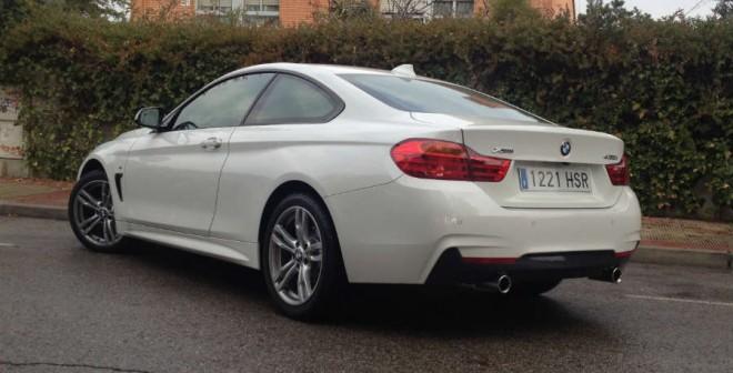 El nuevo Serie 4 cuenta con un motor de 6 cilindros, 3 litros y 306 CV bajo el capó.