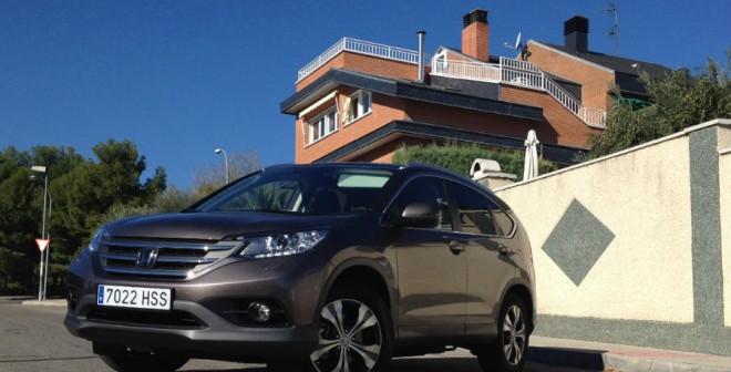 El comportamiento del Honda CR-V en carretera te hace olvidar que conduces un SUV, recordando al de un compacto o una berlina.