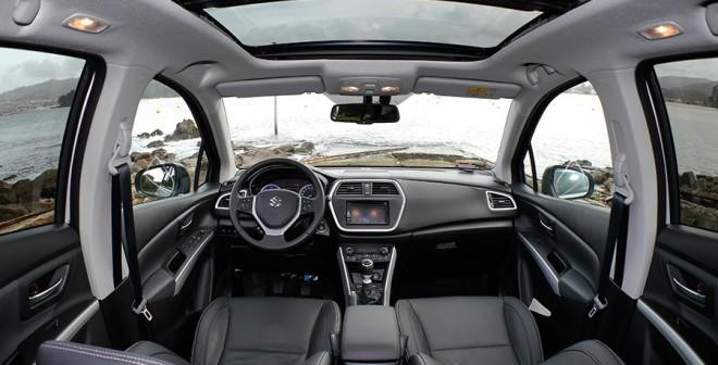 Prueba Suzuki SX4 S-Cross 1.6L DDiS 4x2 120 CV 2013, interior, Rubén Fidalgo