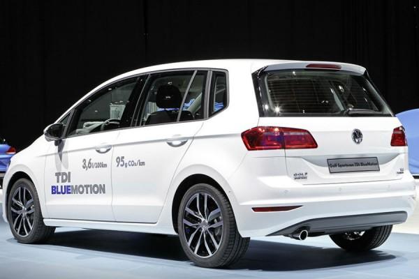 El Volkswagen Golf Sportsvan Bluemotion homologa un consumo de combustible de 3,6 l/100 km.