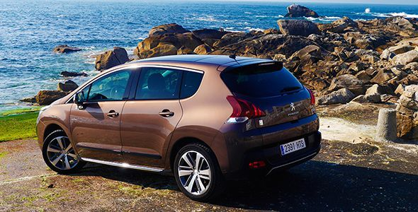 Prueba del Peugeot 3008 Hybrid4 2014: mejoras evidentes