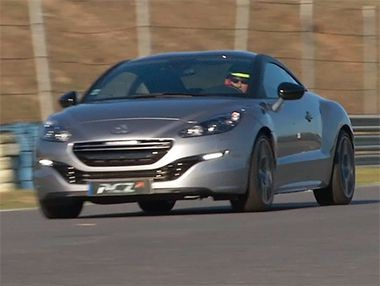 Vídeo del Peugeot RCZ-R de 270 CV en el Jarama