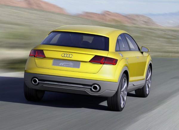 La vista de la zaga del Audi TT Offroad Concept es mucho más deportiva que la de cualquiera de los SUVs de la firma.
