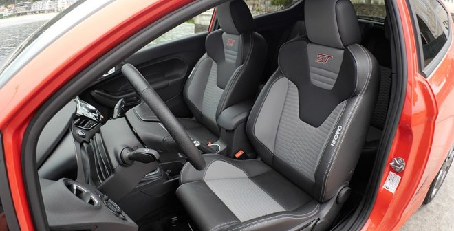 Prueba Ford Fiesta ST 2014, interior, Rubén Fidalgo