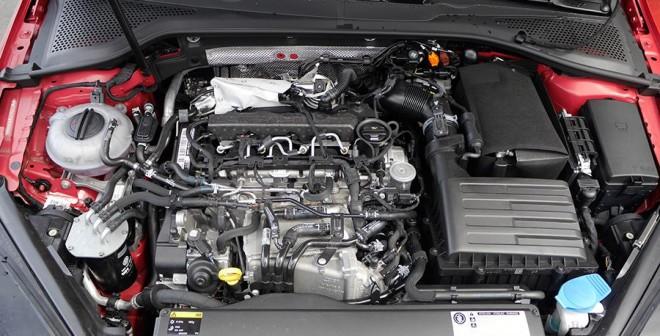 Prueba VW Golf 1.6 TDi Bluemotion, motor, Rubén Fidalgo