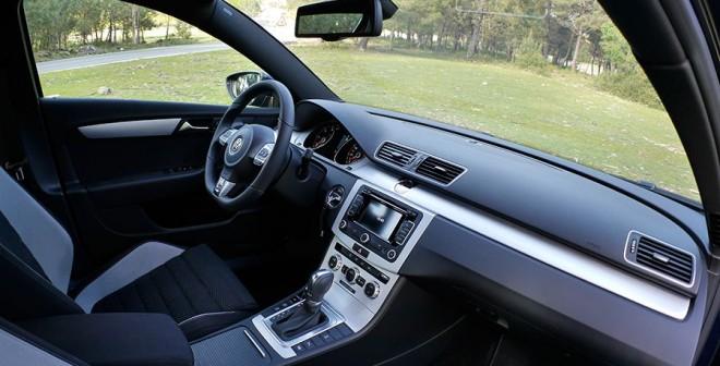 Prueba VW Passat 2.0 TDi Bluemotion R-Line DSG, interior, Rubén Fidalgo