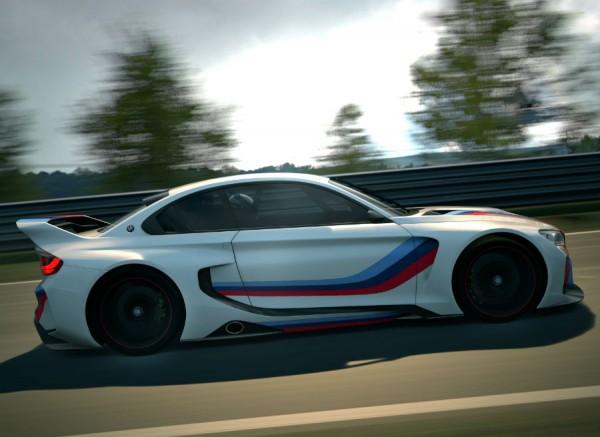El color de la carrocería lleva los míticos colores de BMW Motorsport.
