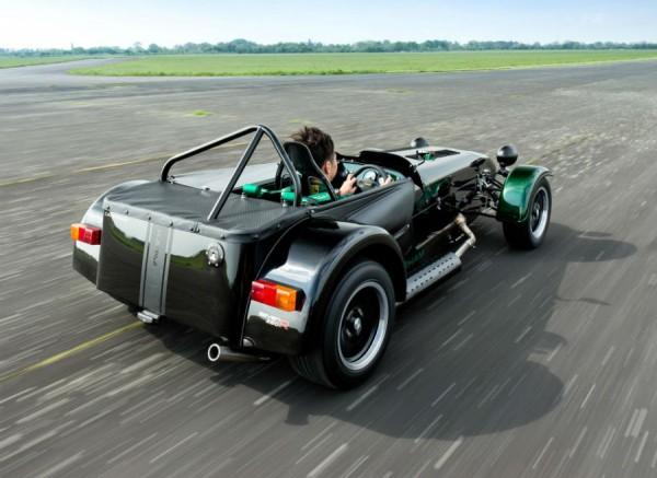 El Caterham Seven by Kamui Kobayashi cuenta con un motor de origen Ford de 125 CV.