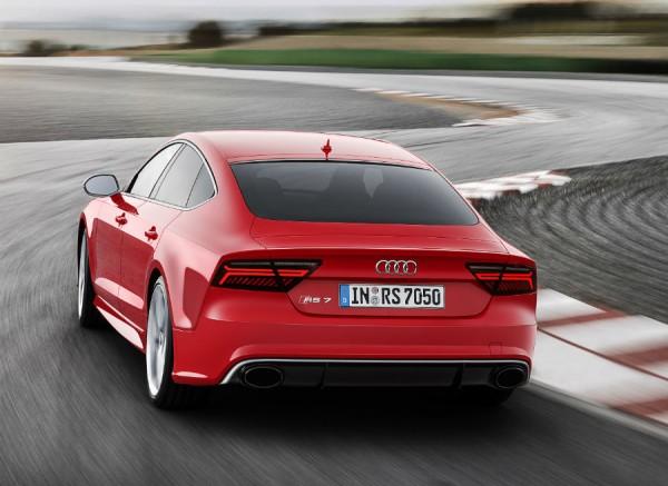 Es en un circuito donde se puede dar rienda suelta a todo el poderío del Audi RS 7 Sportback.