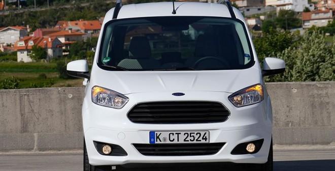Ford Tourneo Courier 90 CV Titanium, Vigo, Rubén Fidalgo
