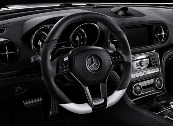 El interior de los Mercedes SL 63 y SL 65 da un paso adelante en lo que a calidad se refiere con esta 2LOOK Edition.