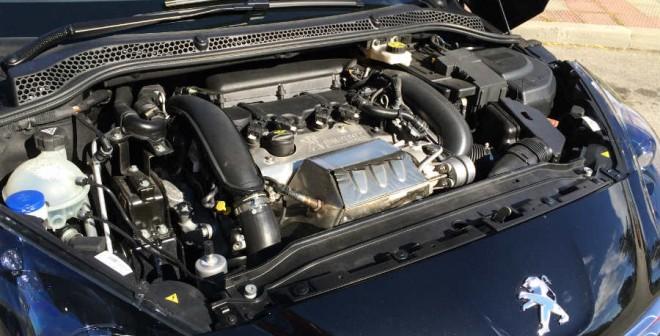 El motor 1.6 THP del Peugeot RCZ R desarrolla una potencia de 270 CV.