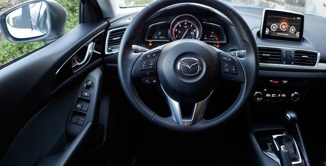 Prueba Mazda3 2.2 Diésel automático 2013, interior, Rubén Fidalgo