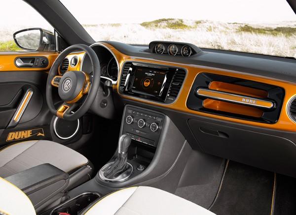 VW Beetle Dune 2015