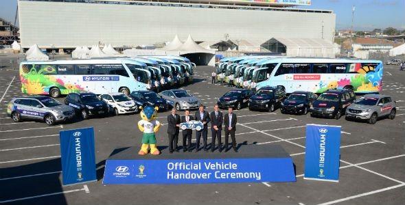 Hyundai y Kia entregan los coches del Mundial de Fútbol de Brasil