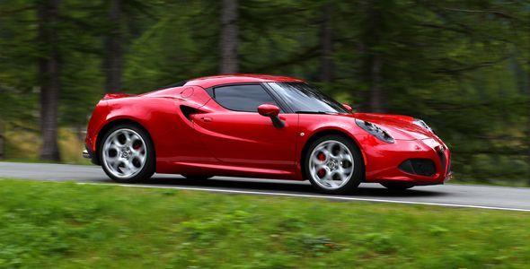 """Alfa Romeo 4C, """"Coche Playboy del Año 2014"""""""