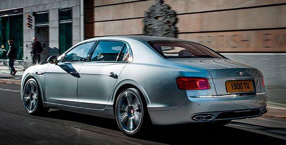 Bentley Flying Spur V8, el inglés con corazón alemán que habla chino