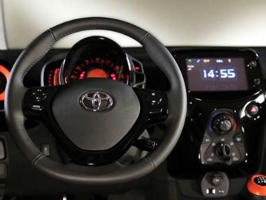 Toyota x-touch, en el nuevo Aygo